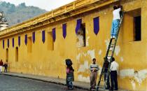 Antigua-Haus-mit-Wimpeln, Guatemala