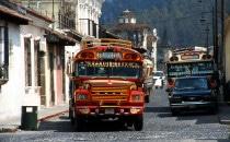 lokaler Bus in Antigua, Guatemala