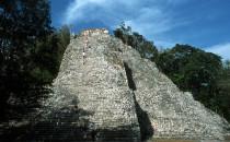 Nohoch Mul-Pyramide - Cobá, Mexiko