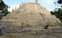 Yaxha-Restaurierung-2007, Guatemala