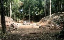 Grabungsarbeiten in Caracol, Belize