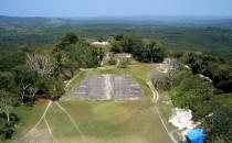 Blick über Xunantunich nach Norden, Belize