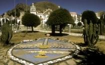 Wappen vor der Basilika von Copacabana, Bolivien