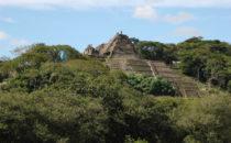 Blick auf Toniná, Mexiko