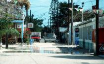 Hauptstraße auf der Isla Holbox, Yucatán, Mexiko