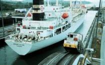 Frachter in einer Schleuse des Panamakanals