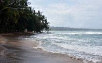 Strand bei Puerto Viejo, Costa Rica