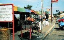 Grillstand am Seeufer, Managua, Nicaragua