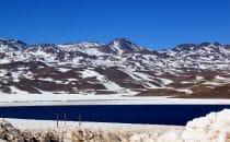 Laguna de Miscanti im Schnee, Chile