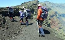am Krater des Villarica, Chile, © Bertram Roth