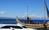 Tradition und Moderne, Isla del Sol, Titicacasee, Bolivien © Bertram Roth