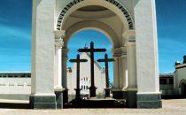 vor der Basilika von Copacabana, Bolivien