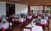 El Refugio, Restaurant