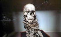 Mumie im Museum von Leymebamba, Peru