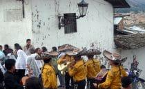 """parade of the """"Hermandad del Señor de los Milagros de Cajamarca"""", Peru"""