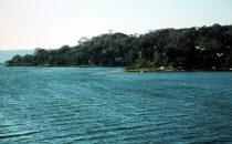 Blick auf den Lago Petén Itzá, Flores, Guatemala
