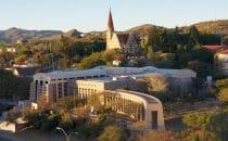 Supreme Court in Windhoek, Namibia, Bild: Chtrede, gemeinfrei