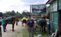 Vorbereitung auf den Trek nach El Mirador, Guatemala © Bernd Traub