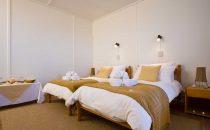 Terrace Bay Resort Zimmer