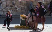 Straßenverkäufer in Sucre, Bolivien © Bertram Roth