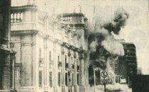 "Bombardierung des Präsidentenpalastes ""La Moneda"" im Jahr 1973"