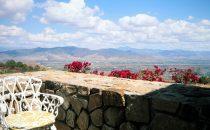 Monte Albán Cafeteria mit Blick ins Tal, Mexiko