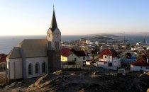 Lüderitz mit Felsenkirche, Namibia