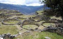 Rundgebäude in Kuélap, Peru