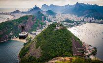Blick aus der Seilbahn auf Rio de Janeiro