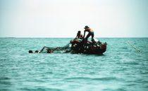 Fischer bei der Arbeit im San Blas Archipel, Panama