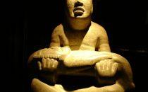 "Las Limas Monument 1 (Señor de las Limas) im ""Museo de Antropología de Xalapa"", Mexiko"