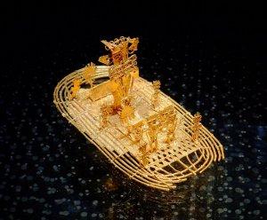 Goldfloß im Museo del Oro, Bogotá, Kolumbien