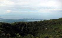 Blick über den Krater des Mombacho Vulkans Richtung Granada und las Isletas, Nicaragua