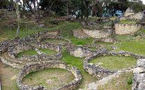 Rundgebäude in Kuélap, Region Chachapoyas, Peru